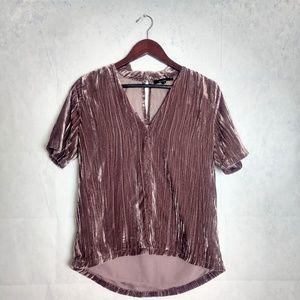 Olivaceous pink velvet top